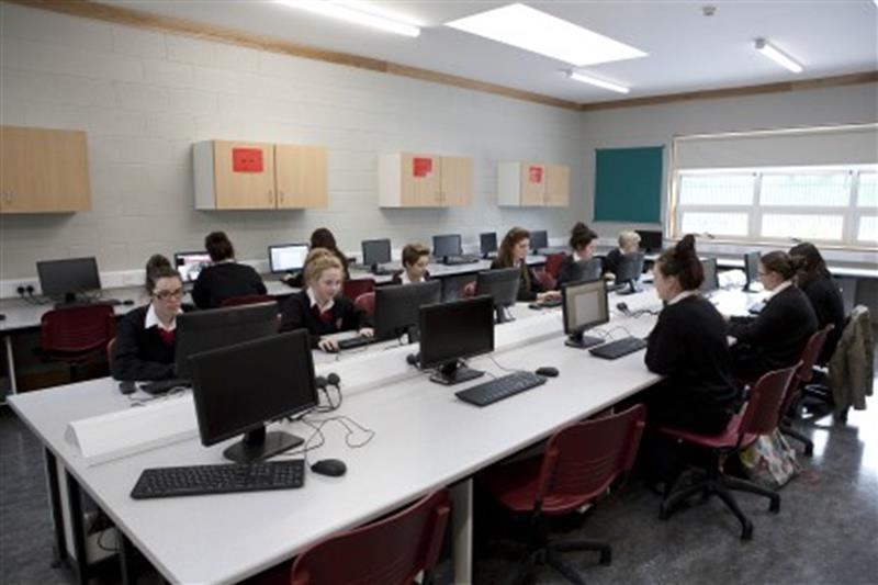 A Computer Room 1.jpg